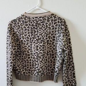 Cute sweater leopard